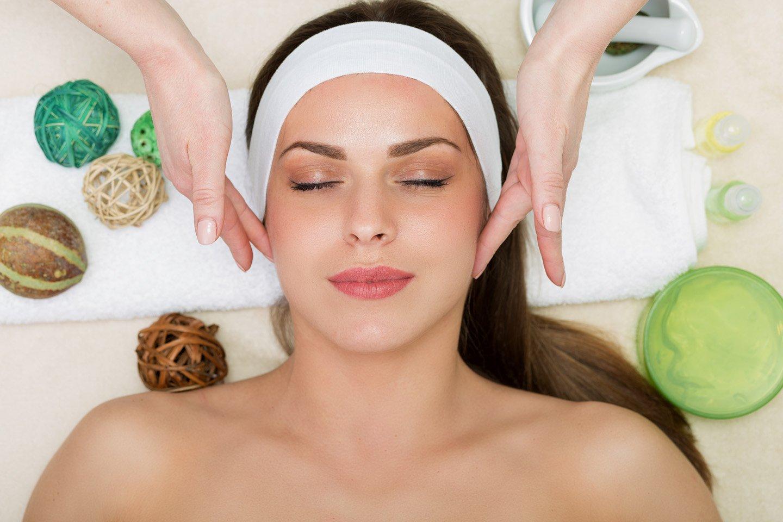 Massaggio antiage viso